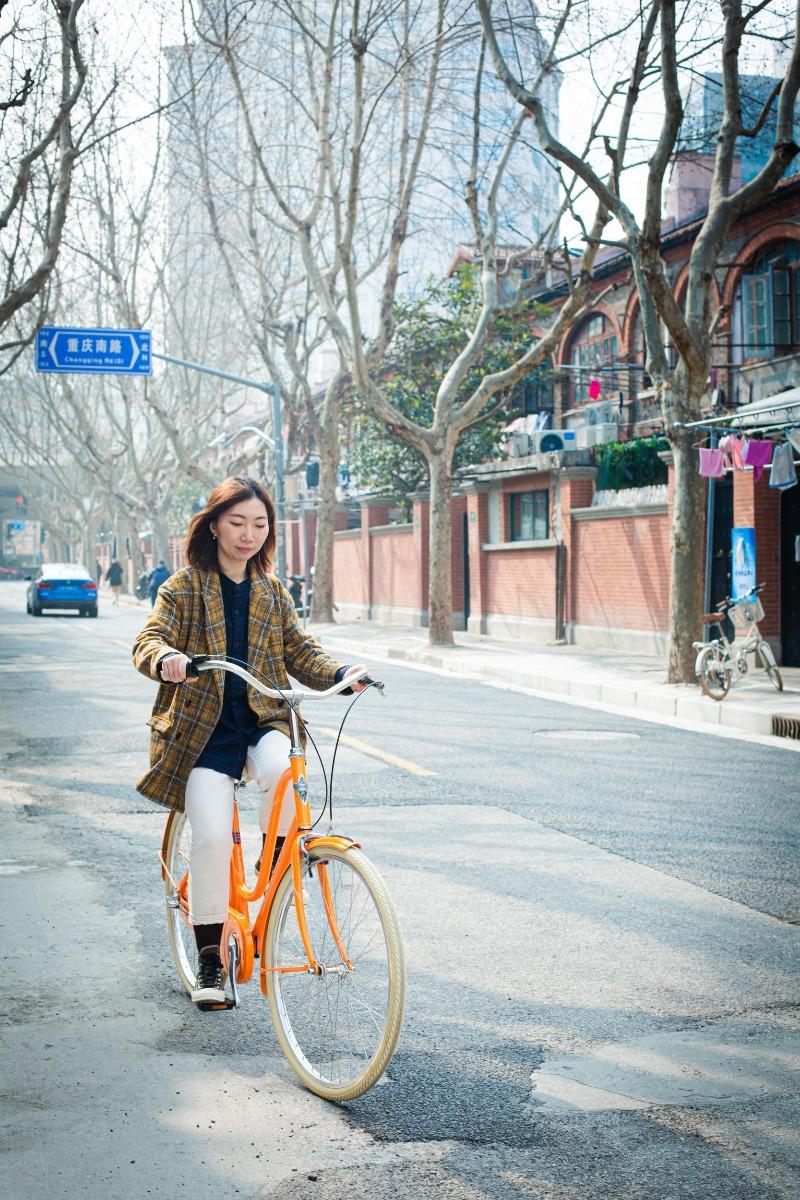 女士城市自行车