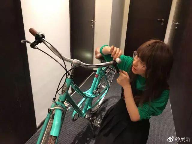 手动组装自行车